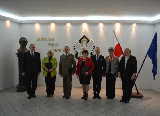 Wojskowa Akademia Techniczna w Warszawie obejmuje patronatem naukowym III LO